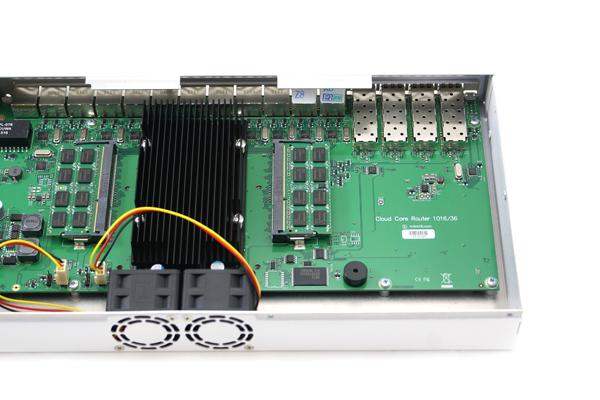 Cloud Core Router 1036-12G-4S